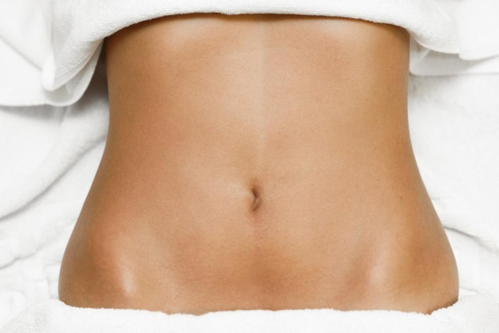 Cómo es el postoperatorio de una abdominoplastia y qué cuidados necesita